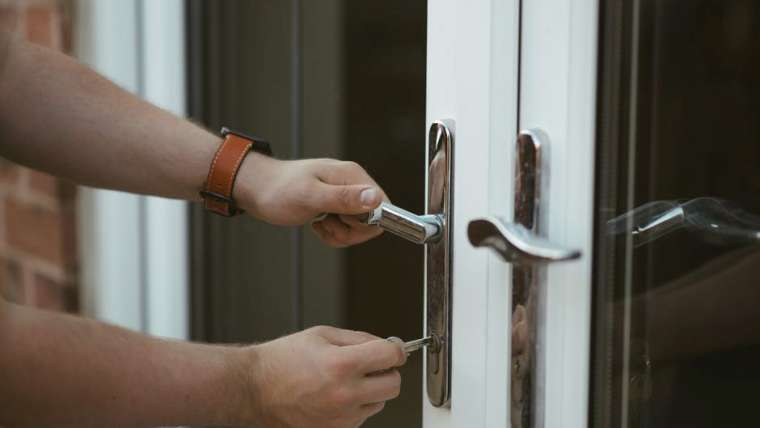 How to Keep Your Home Safe from Burglaries During the Summer